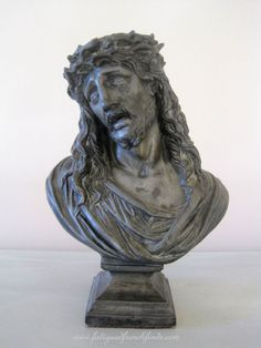 This is an exceptional antique French pewter bust of Christ The details are fabulous The expression on the face showing all the signs of suffering