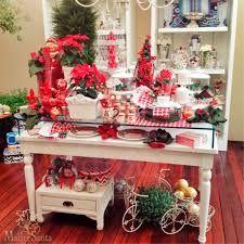 Resultado de imagem para null Xmas, Christmas Tree, Miniatures, Table Decorations, Holiday Decor, Tables, Furniture, Home Decor, Christmas Window Display