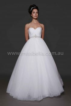 Miss Bella has THE LARGEST Range of Brand-New, In-Store Deb Dresses in Melbourne. We have over Deb Dresses to buy off the rack! Best Wedding Guest Dresses, Princess Wedding Dresses, Wedding Bridesmaid Dresses, Cheap Wedding Dress, Debutante Dresses, Bella Bridal, Melbourne, Deb Dresses, Tulle Skirts