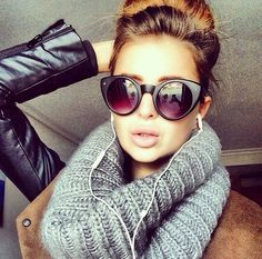big #scarf and #sunnies