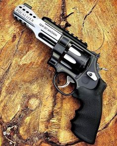 RAE Magazine Speedloaders will save you! Weapons Guns, Guns And Ammo, Ak47, Rifles, Armas Ninja, Weapon Storage, Revolver Pistol, Shooting Guns, Custom Guns