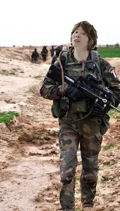 French Foreign Legion in Afghanistan Military Photos, Military History, Military Female, Military Girl, Special Ops, Special Forces, French Armed Forces, United Nations Security Council, Belle France