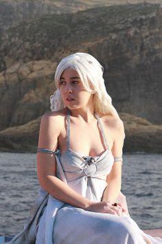 Daenerys Targaryen Cosplay by ReginaIt.deviantart.com on @deviantART