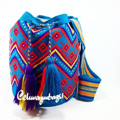 "41 Likes, 3 Comments - Elizabeth Naranjo Wayúu Bags (@eliwayuubags) on Instagram: ""#Avalaible #Mochila #Wayuu #Eliwayuubags #Arte #tradición & #color #Blue #wayuubags #wayúu #gift…"""