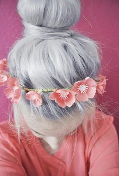 lovely silver locks with sakura crown <3 #flowers #gray #hair #style #fashion