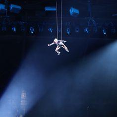 【写真】宙を舞う!レディー・ガガさん「スーパーボウル」出演