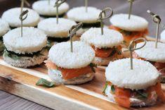 Laat je creativiteit de vrije loop met deze mini sandwiches. Verras je gasten bij een high wine of een high tea met jouw huisgemaakte lekkernijen.