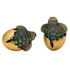 Steven Fox. Celebrate the birth of our coveted and endangered sea turtles with these hatchling cuff links in hand carved labradorite. The turtles, with realistic green/blue opalescent bodies, are emerging from their 18K yellow gold eggshells and look as though they are about to jump into the sea. A unique pair of cuff links that are a must have for the nature lover among us.