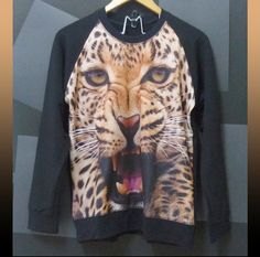 Leopard tiger tshirt animal sweater winter clothing size M/L