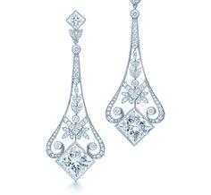 Orecchini in platino con diamanti. Tiffany & Co.