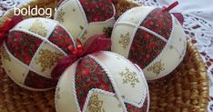 Christmas Ornament Tutorial - Pattern - DIY - No Sew - Drapes Folded Fabric Ornaments, Quilted Christmas Ornaments, Christmas Tree Toppers, Christmas Baubles, Christmas Decorations To Make, Christmas Crafts, Ornament Crafts, Holiday Crafts, Ball Decorations