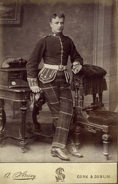Scotsman in Uniform with Tartan trousers.A late photo of a Highland light infantry soldier taken by Monsieur Adam Sauvy, 64 Patrick Street, Cork, Ireland. Antique Photos, Vintage Pictures, Vintage Photographs, Old Pictures, Old Photos, Commonwealth, Dandy, Scotland Kilt, Men In Uniform