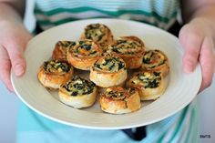 Spinach and Feta Pinwheels. Spinach and Feta Pinwheels -a great nibble for entertaining or as a lunchbox snack. Recipes Appetizers And Snacks, Appetizers For Party, Desserts, Milk Recipes, Cooking Recipes, Sandwiches, Spinach And Feta, Finger Foods, Love Food