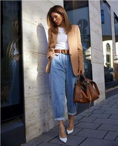 Mode Outfits fur Teenager Ideias de looks para faculdade What if We Can't Af Casual Chic Outfits, Trendy Outfits, Fall Outfits, Summer Outfits, Style Casual, Casual Jeans, Layered Outfits, College Winter Outfits, Denim Jeans