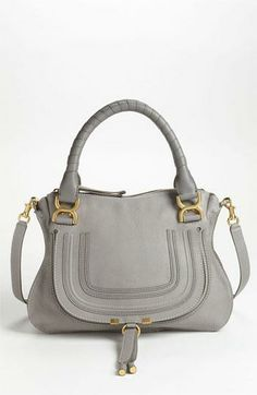Check information about bags here http://dealingsonnet.tumblr.com/post/108587980871/bags-for-carrying-desired-items