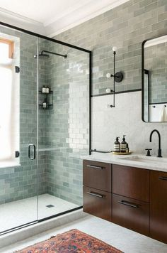 Newest Pics Ceramics Tile bathroom Concepts Erstaunliche Marmor-Badezimmer-Fliesen-Design-Ideen bathroomideas bathroomremodel …, Marble Bathroom, Bathroom Interior Design, Shower Room, Modern Bathroom, Amazing Bathrooms, Bathroom Tile Designs, Bathroom Shower, Bathrooms Remodel, Bathroom Decor