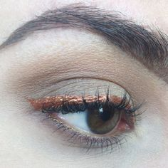 DIY liquid eyeliner from any loose pigment or shadow on…