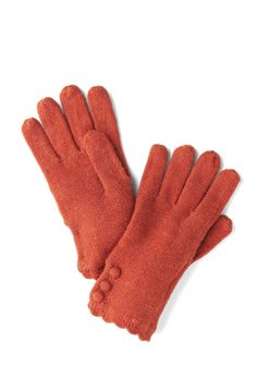 Tulle Clothing Root Veggie Gloves in Carrot | Mod Retro Vintage Gloves | ModCloth.com