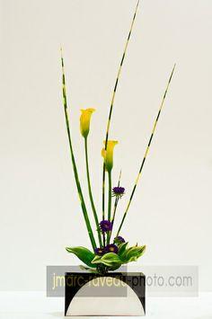 Ikebana - 1, via Flickr.