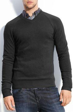 1901 Trim Fit Cashmere V-Neck Sweater