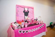 Minnie Mouse Birthday Party candy bar #babyshowerideas4u #birthdayparty  #babyshowerdecorations  #bridalshower  #bridalshowerideas #babyshowergames #bridalshowergame  #bridalshowerfavors  #bridalshowercakes  #babyshowerfavors  #babyshowercakes