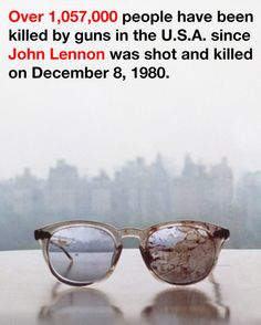 Así apoya Yoko Ono el control de armas
