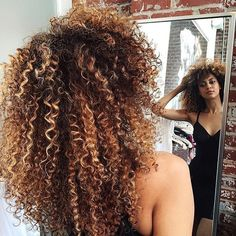 Curl pattern and color on point