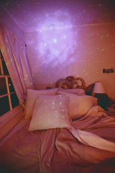 bedroom star gazing #glamouriety #benefitglam