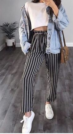 Pinterest: ChaoBella💋 Culottes Outfit Summer, Jean Outfits, Chic Outfits, Tumblr Outfits, Dress Outfits, Fashion Dresses, Cool Summer Outfits, Spring Outfits, Winter Outfits