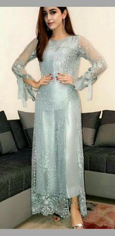 Pakistani Couture, Pakistani Outfits, Indian Outfits, Shadi Dresses, Indian Dresses, Beautiful Dresses, Nice Dresses, Girls Dresses, Kurta Designs
