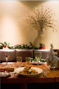 Official Website - Pinewood Hotel Buckinghamshire conveniently located near Heathrow Airport, we have rooms for all budgets. Chicken Liver Pate, Chicken Livers, Roasted Salmon, Roasted Turkey, Parsnip Soup, Celeriac, Red Onion Jam, Vegetable Basket, Brioche