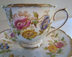 VINTAGE TEACUP, Royal Albert, Porcelain teacup, Tea coffee, Serving dining, Collectible, Floral, Vintage teacup, Gift ideas