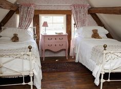 beauty and love: Cottage in Birlingham, Worcestershire, UK