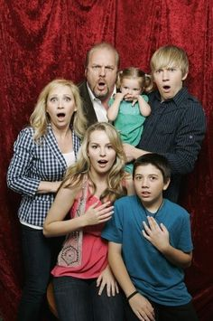 GOOD LUCK CHARLIE cast reaction to people if the don't watch Good Luck Charlie! (and mine)