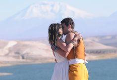 Relembrando o beijo apaixonado de  Moisés e Nefertari - Fotos - R7 Os Dez Mandamentos Atores que fotografa muito bem! E que bons beijos! Tudinho made in TV!