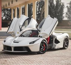 LaFerrari.  Car of the Day: 2 December 2015.