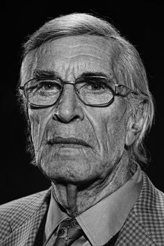 Martin Landau (1928) - American film and television actor. Photo by Lionel Deluy