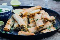 10 x tasty and responsible snacks for New Year& Eve - Beaufood - 10 x tasty and responsible snacks for New Year& Eve, Healthy snacks, Beaufood snacks, Healthy - Fingerfood Party, Appetizers For Party, Party Snacks, New Years Eve Snacks, Rumchata Recipes, Tapas Party, Tortellini Recipes, Healthy Snacks, Healthy Recipes