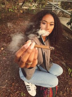 Weedpedia is your highest source of cannabis news, culture, and information. Check out the weed strain database and know what you're smoking! Weed Girls, 420 Girls, Badass Aesthetic, Black Girl Aesthetic, Girl Smoking, Smoking Weed, Rauch Fotografie, Fille Gangsta, Looks Hip Hop