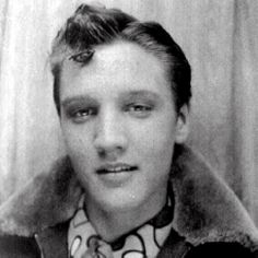 Elvis in a photo booth, 1950s - Retronaut