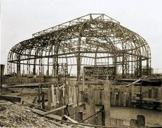 1926 Building the Pavilion Theatre on the seafront. Worthing, Seaside Towns, Iron Work, Historical Images, Stuff And Thangs, East Sussex, Pavilion, Wrought Iron, Old Photos