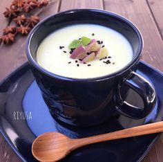 【材料3つで簡単オススメレシピ】さつま芋のポタージュ   riyusa日和。ザッパレシピで褒められおやつと時々おかず Wine Recipes, Food And Drink, Soup, Cooking, Tableware, Ethnic Recipes, Kitten, Foods, Drinks
