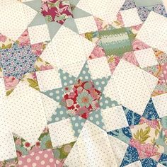 Working on my LemonTree Star Drops quilt {pattern by @thepatternbasket} every spare moment I get