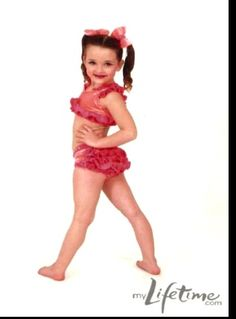 I can't believe this is baby Kendall! An all new season of dance moms tomorrow . Season 5!!