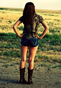 I'm thinkin me and Shelby Valdez need to have a day like this where we go on an adventure and take lots of pictures!!