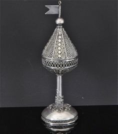 VERY FINE SIGNED ANTIQUE JUDAICA JEWISH FILIGREE STERLING SILVER SPICE TOWER BOX