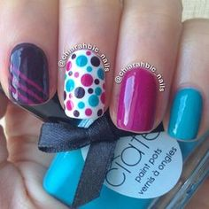 Uñas naturales decoradas con colores - Natural nails with colors Funky Nails, Love Nails, Pretty Nails, Colorful Nails, Dot Nail Art, Polka Dot Nails, Polka Dots, Blue Dots, Manicure E Pedicure