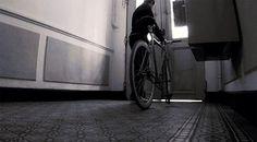 "Vidéo ""A day fixed gear"" from Toulon ! Fixed Gear, Gears, Day, Toulon, Urban Bike, Gear Train"