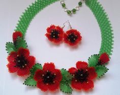 Red poppies Poppy beads necklaceFlower by JewelryShopCamomile