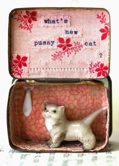 What's new pussy cat, vintage filled miniature story tin, by Little Burrow Designs - funny Shadow Box Kunst, Shadow Box Art, Matchbox Crafts, Matchbox Art, Altered Tins, Altered Art, Fun Crafts, Arts And Crafts, Mint Tins